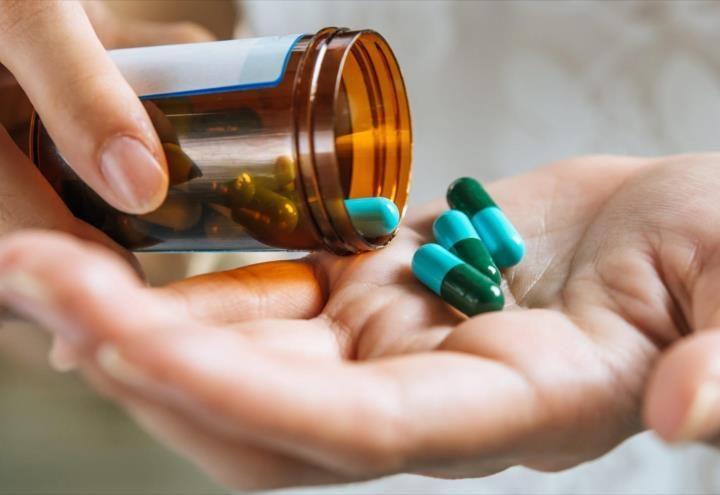 Antibióticos aumentan el riesgo de cáncer de colon