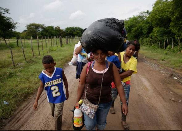 Migrantes llegan sin éxito hasta la frontera de Ciudad México