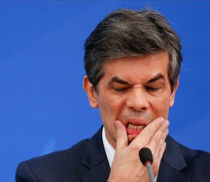 Ministro de Salud de Brasil dio positivo de Covid en la ONU