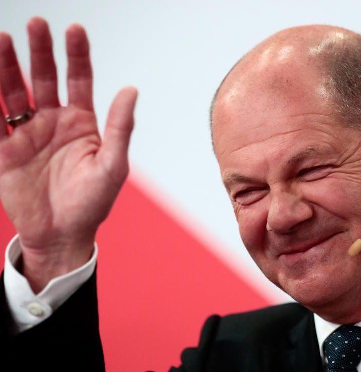 Olaf Scholz podría sustituir a Angela Merkel